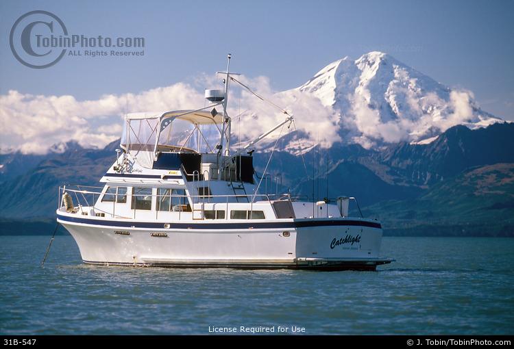 Alaska Yachting